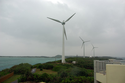 西平安名崎の風車