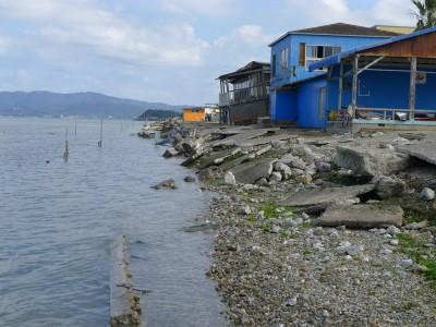 台風直撃の村櫛